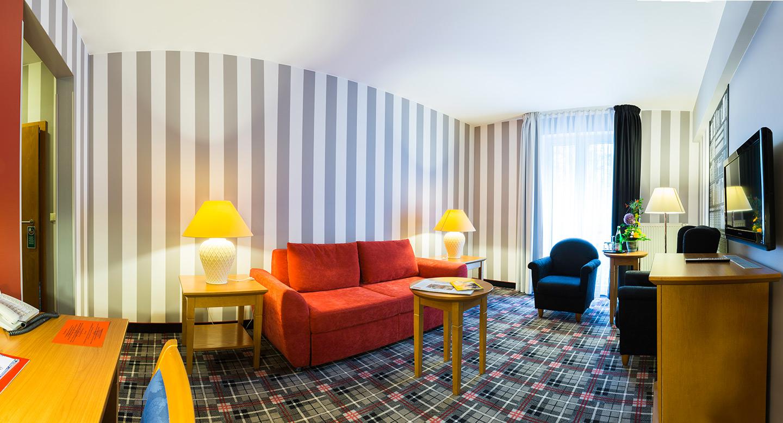 Zimmer gr nau hotel berlin for Zimmer berlin